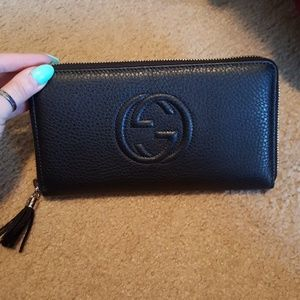 Authentic Gucci soho large wallet
